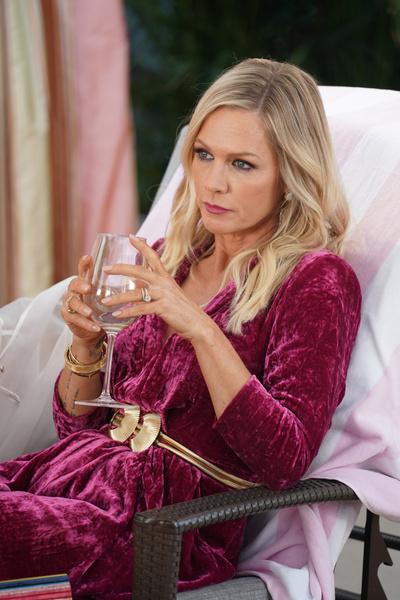 Дженни рассказала, что обыграть знаменитый любовный треугольник в сериале не удалось