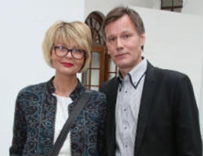 Супруг Юлии Меньшовой боится ее расспросов