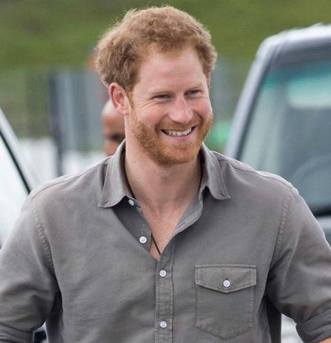 Принц Гарри теперь примерный семьянин