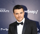 Эмин Агаларов через суд требует вернуть ему 17,5 миллионов рублей