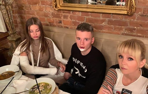 После известий об аварии Валерия сразу приехала к сыну