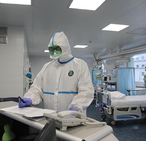 В России число заболевших коронавирусом растет с каждым днем