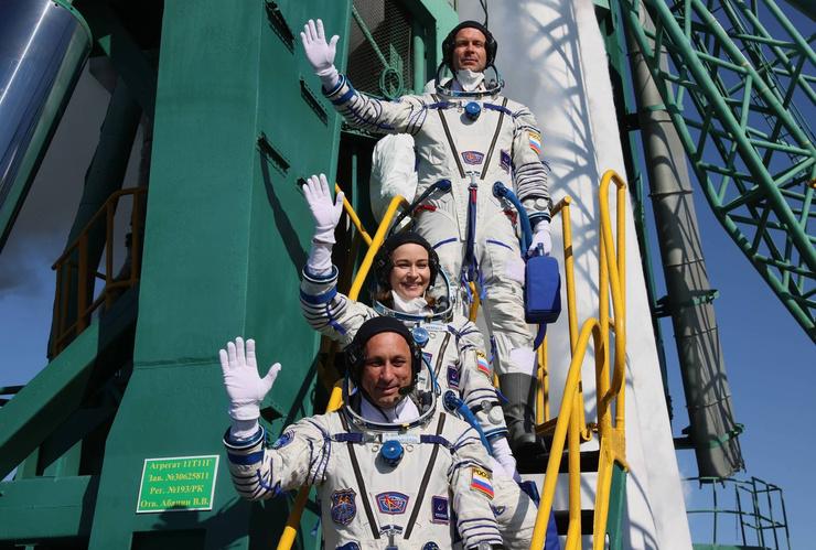 Путь команды до МКС продлится три часа