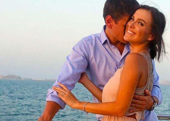 Елена Темникова долгое время скрывала лицо мужа