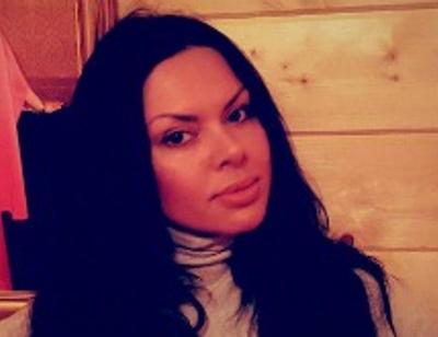Экс-участница «Дома-2» Тори оголила грудь