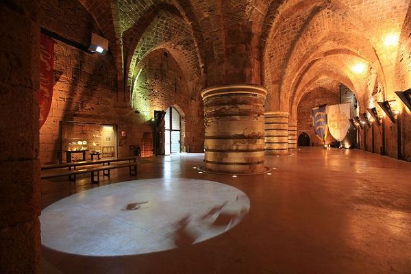 Подземный зал в Акко