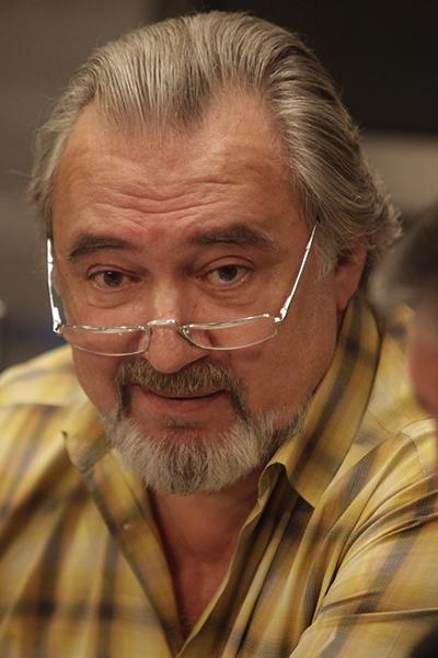 Профессор Валентин Тепляков