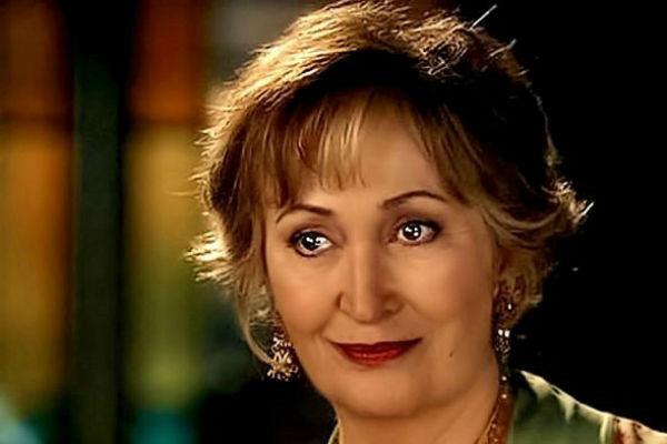 Джениффер Родс в сериале «Зачарованные»