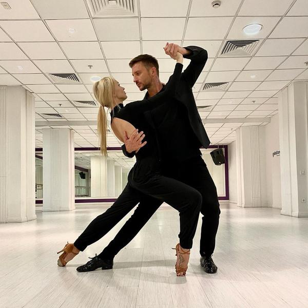 Певец победил в проекте «Танцы со звездами» на канале «Россия 1»