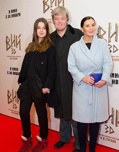 Александр Стриженов с женой Екатериной и дочерью Александрой
