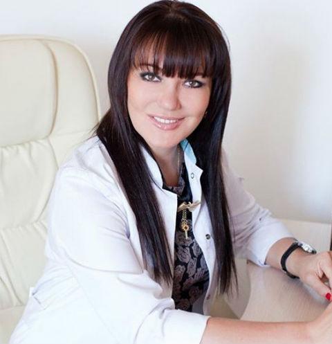 Звездный косметолог Ольга Мороз: «Я за естественность – не колю губы-пельмени»