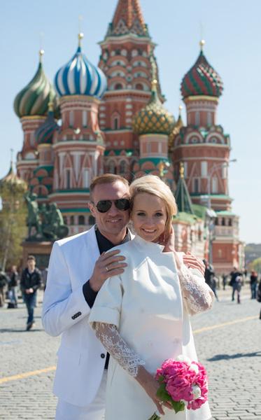 Пара побывала на Красной площади, прогулялась по ГУМу