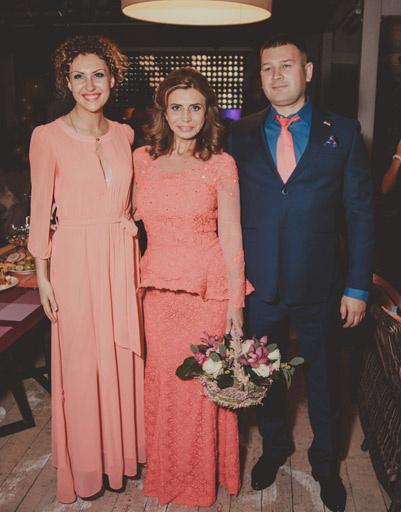 Ирина Агибалова с гостями своего вечера