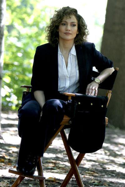 Дженнифер Лопес на съемках сериала «Оттенки синего»