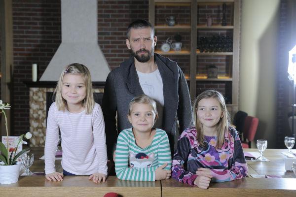 Владимир Кристовский с дочками