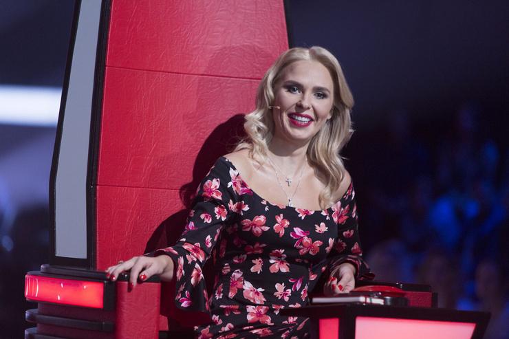 Пелагея в кресле наставника шоу «Голос»