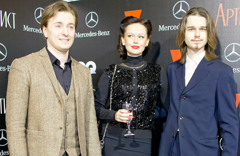 Сергей и Ирина Безруковы с сыном Андреем