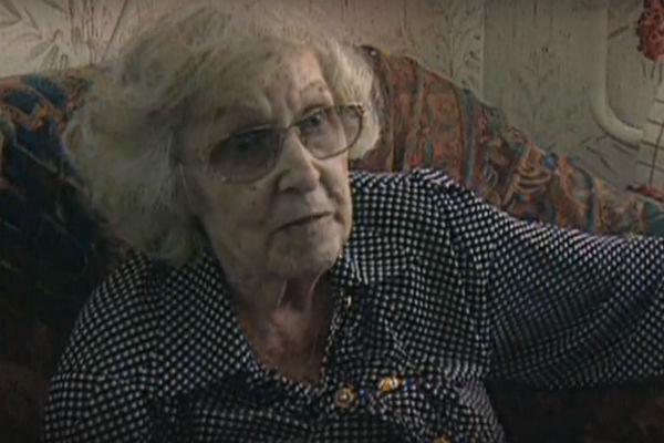 Сама Валентина Михайловна утверждала, что сын не навещает ее