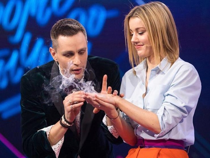 Новый ведущий «Битвы» знаком со многими российскими знаменитостями и скоро сам может пополнить их ряды