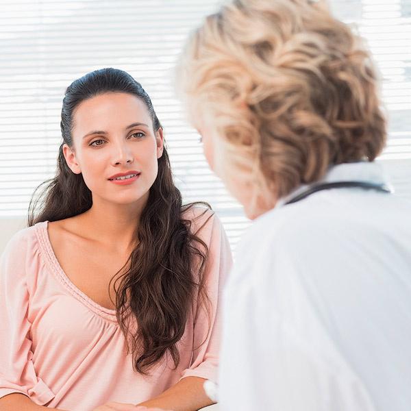 Повысить качество жизни пациента, настроить его на борьбу с болезнью, отвлечь от мыслей о скорой смерти - все это задачи онкопсихологов