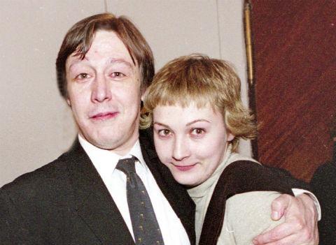 Бывшая жена Михаила Ефремова показала, в каких условиях живет