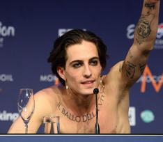 Солист группы Maneskin, победившей на «Евровидении», получил результаты теста на наркотики