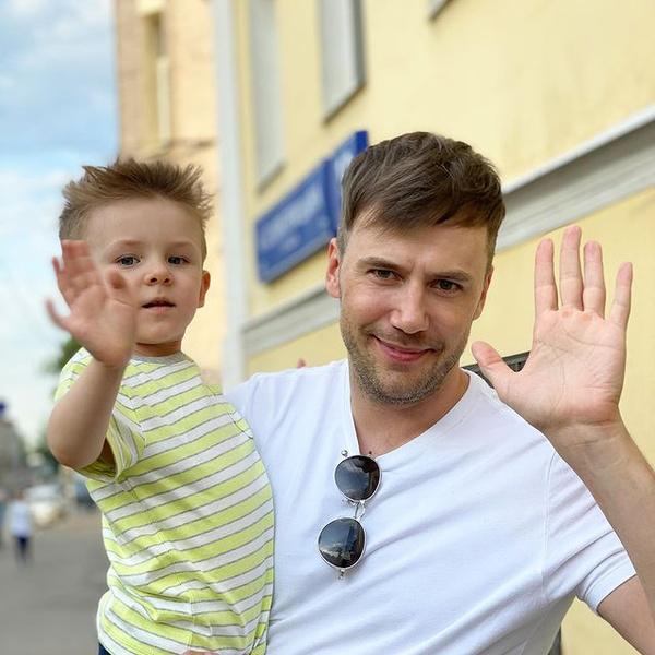 Иван Жидков с сыном