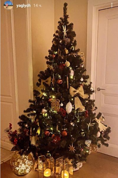 Праздничное дерево актера Владимира Яглыча