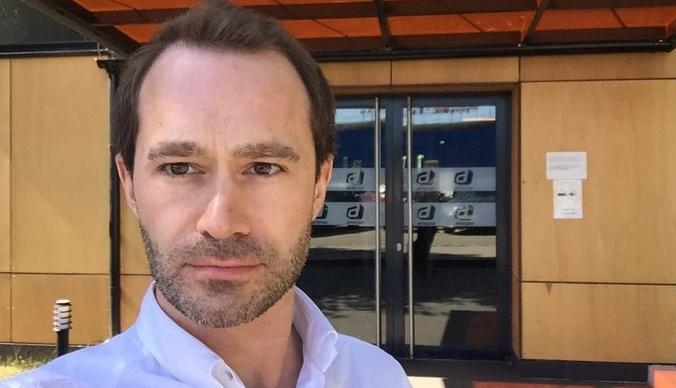 Мать выпавшего из окна актера Максима Парфенова: «Он выпивал»