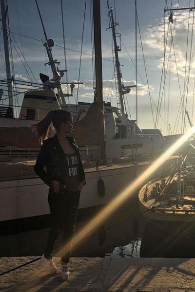 Виктория Боня наслаждается отдыхом в Сен-Тропе