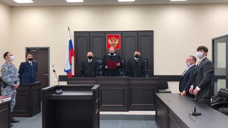 Суд оставил приговор без изменения, а кассационные жалобы без удовлетворения