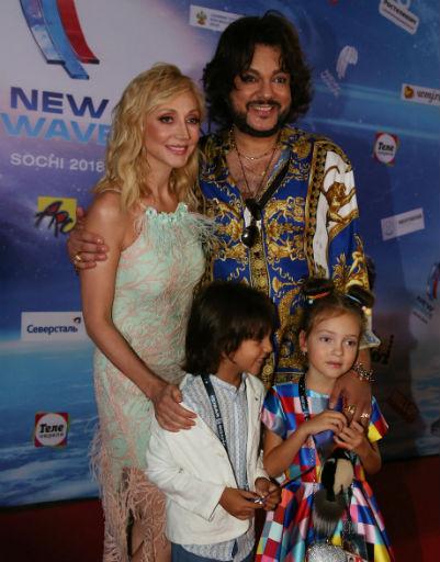 Кристина Орбакайте и Филипп Киркоров с детьми