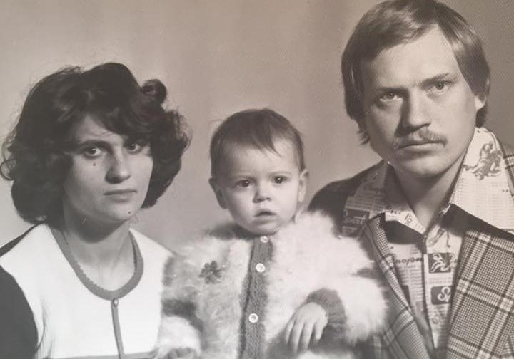 Любовь Толкалина с родителями