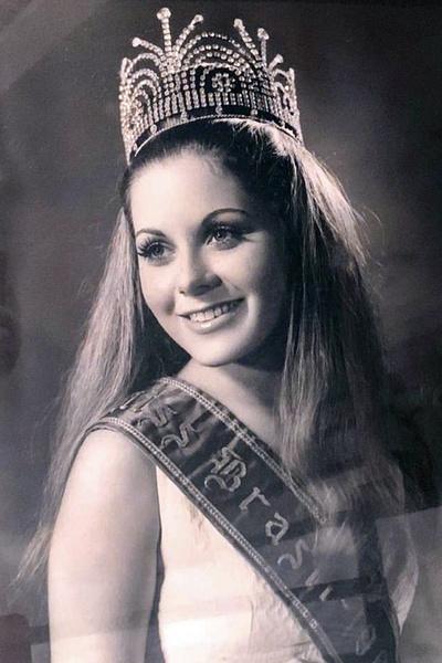 Актриса много лет работала моделью