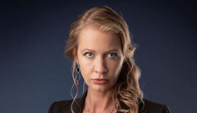 Участница «Битвы экстрасенсов» Алиса Суровова: «Сын лечит руками»