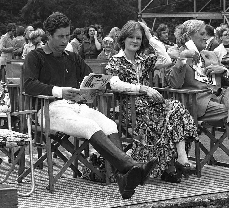 До Дианы у принца Чарльза был роман с ее сестрой Сарой Спенсер