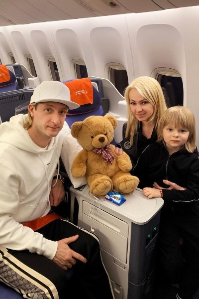 Многие осуждают Яну Рудковскую и Евгения Плющенко за методы воспитания сына
