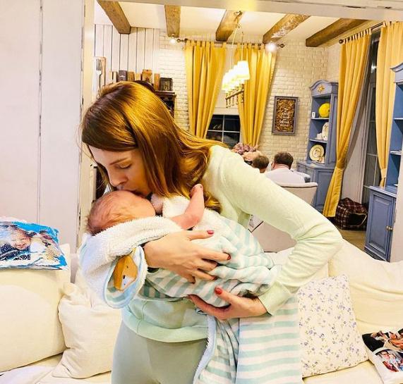 Два месяца назад у Подольской родился второй сынок