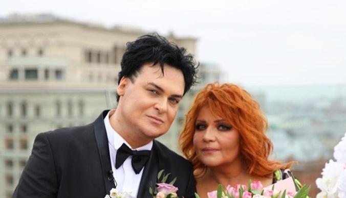 Мама Анастасии не одобрила брак дочери с Юлианом