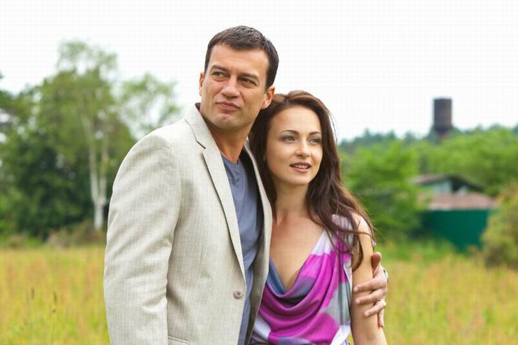 Актеру приписывали роман с Анной Снаткиной