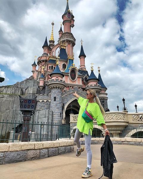 Кристина часто путешествует и уже успела посетить 25 стран