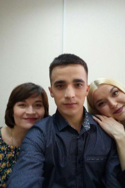 На протяжении долгих месяцев Сергея поддерживала мама и сестра