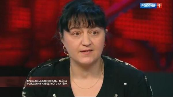 Актер также обрел сестру в лице Анны Лужновой