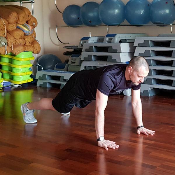 Стиль: За месяц до лета: 10 упражнений, которые приведут тело в форму – фото №7