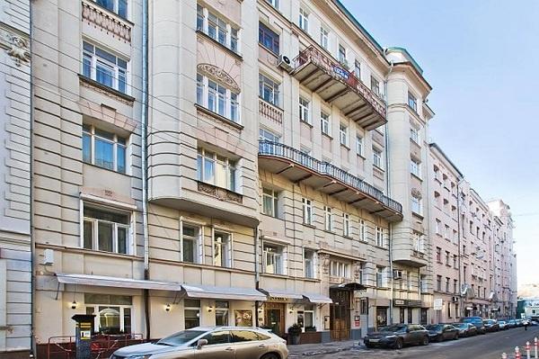 Абызов владеет двумя квартирами на Обыденском переулке
