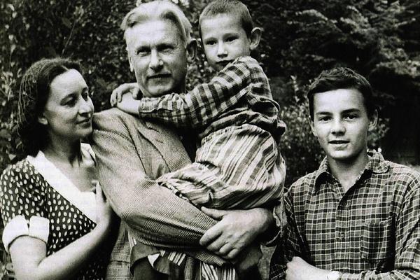 Смерть мужа стала ударом для актрисы