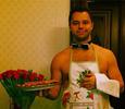 Виталий Гогунский поздравил жену голышом