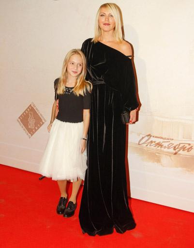 Дарья Михалкова с дочерью