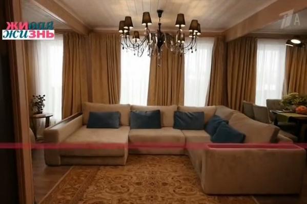 Гостиная в доме Сябитовой