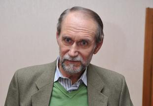 Пережил измену жены, лечился от алкоголизма, стал тестем Владимира Соловьева. Чего мы не знали о Викторе Коклюшкине